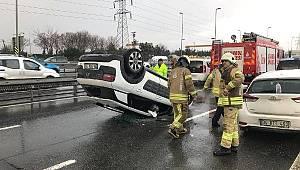Avcılar'da İki Araca Çarpan Otomobil Takla Attı