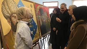 AK Parti Fatih Kadın Kollarından Sanat'a Destek